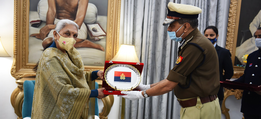 On the occasion of Police Flag Day, DGP honored Governor with Police Flag